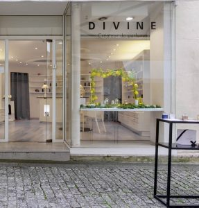 showroom caen perfume divine