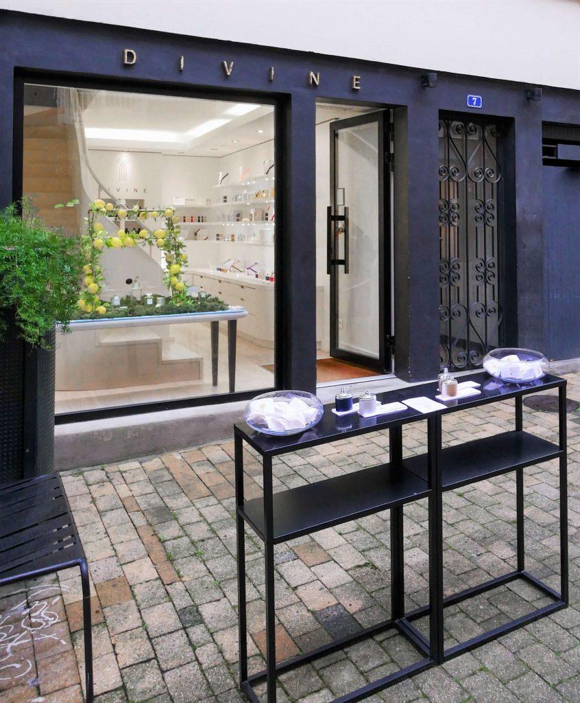 showroom divine nantes perfume