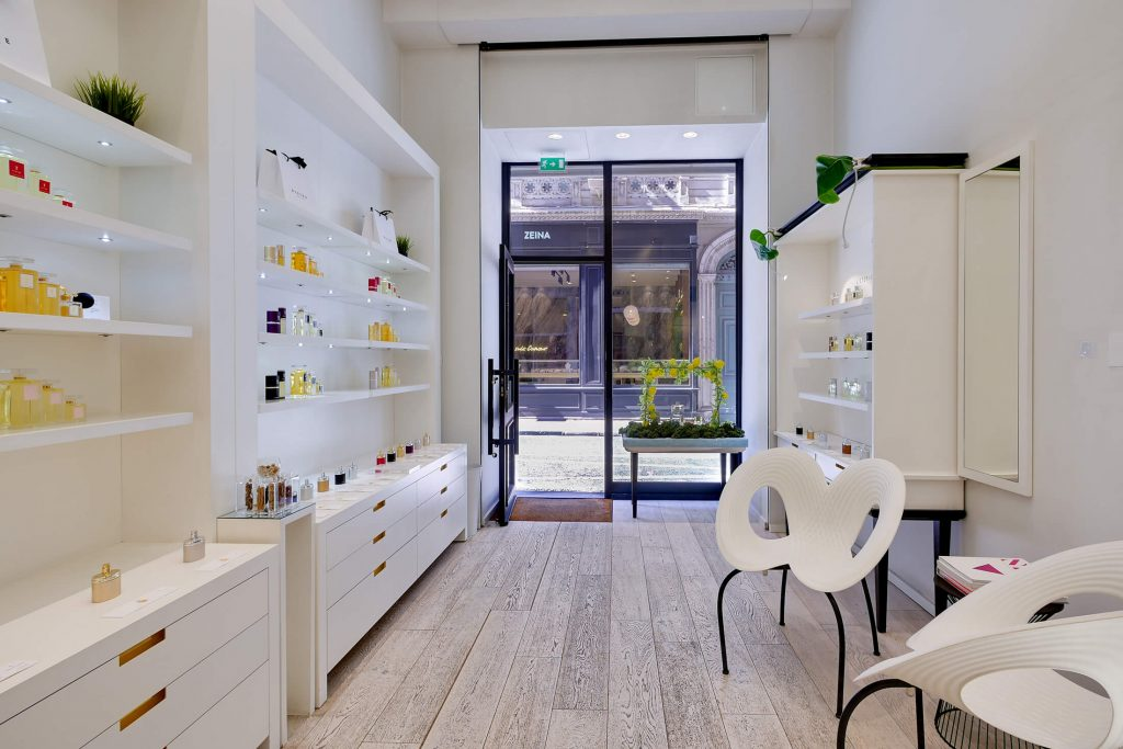 shop perfumes divine Lyon